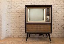 Hai un ISEE non superiore a 20.000 euro? Puoi chiedere il bonus TV!