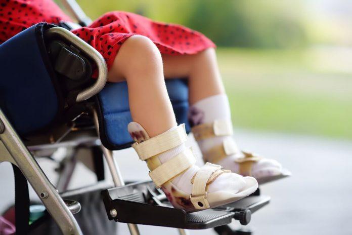 Legge di bilancio 2021: bonus mamme single con figli disabili