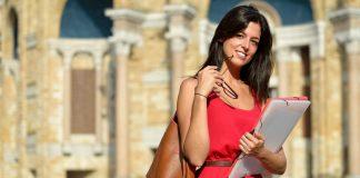 Canoni di locazione sostenuti da studenti universitari fuori sede: come funziona per chi studia all'estero