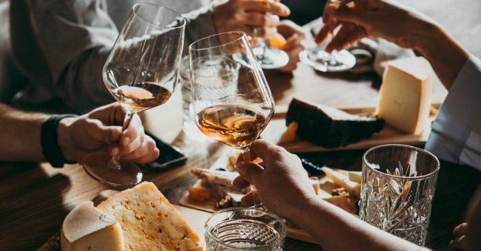 Licenza UTF per la vendita e somministrazione alcolici